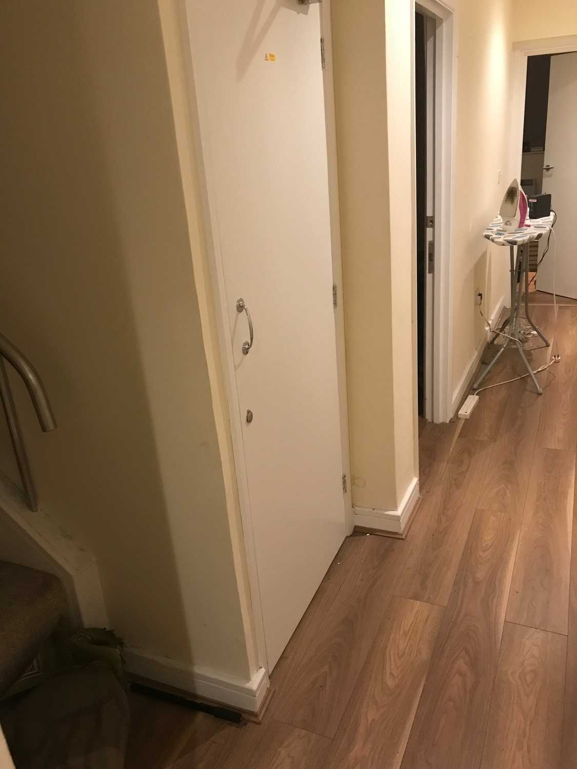 Photo of a double bed ensuite room in 2-bedroom flat in Kensington, London.