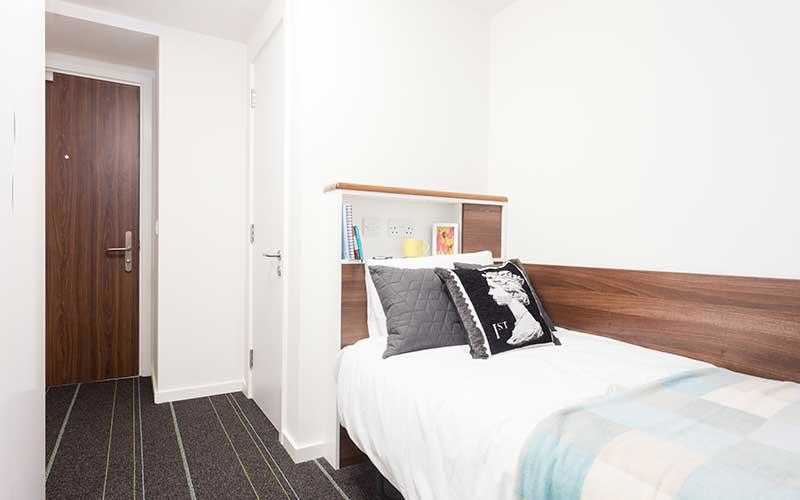 Photo of a private room in 1-bedroom student hall in Saint Pancras, London.