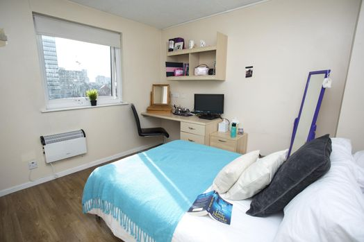 Gold 4 Bed Apartment