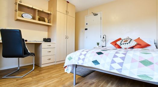 Gold 3 Bed Apartment