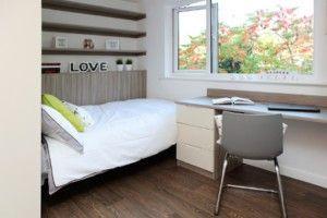 Planet Saturn Ensuite - Room in 4 Bed Flat
