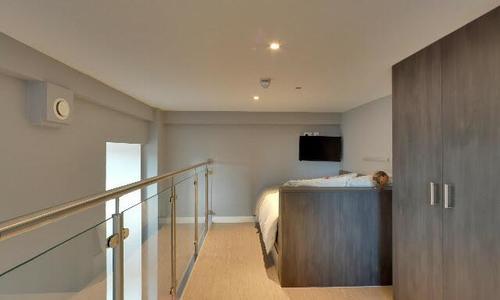 Virtual Tour for Mezzanine Apartment Room